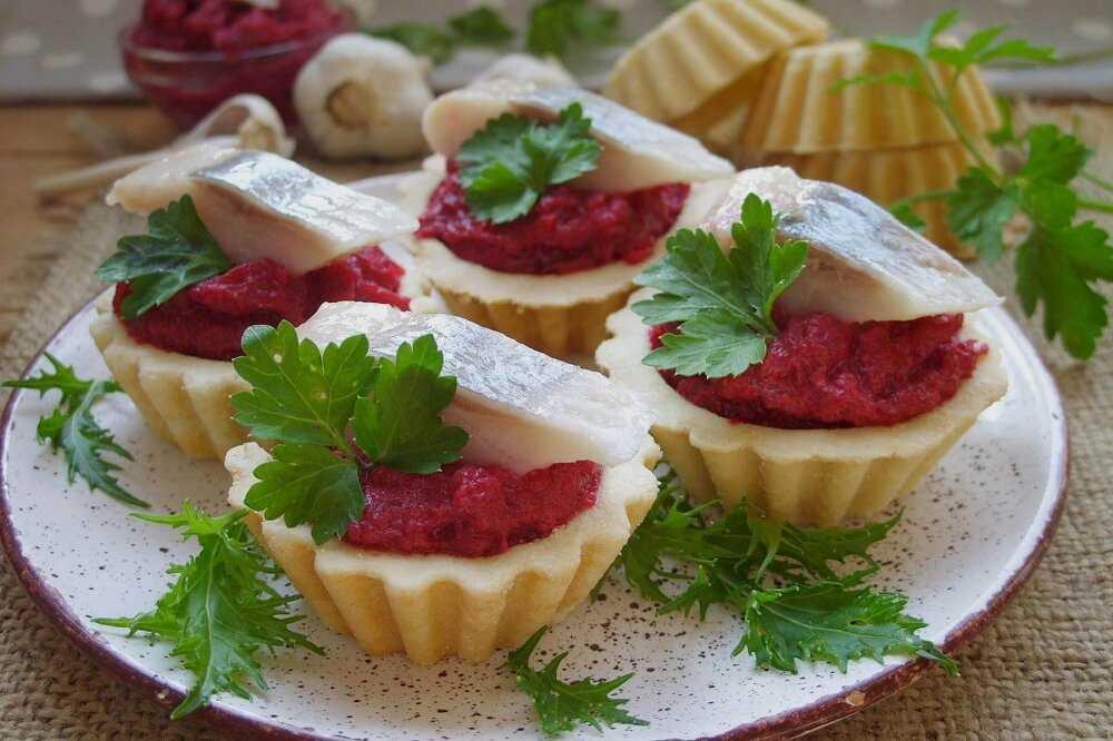 Тарталетки с икрой - 8 рецептов приготовления пошагово - 1000.menu
