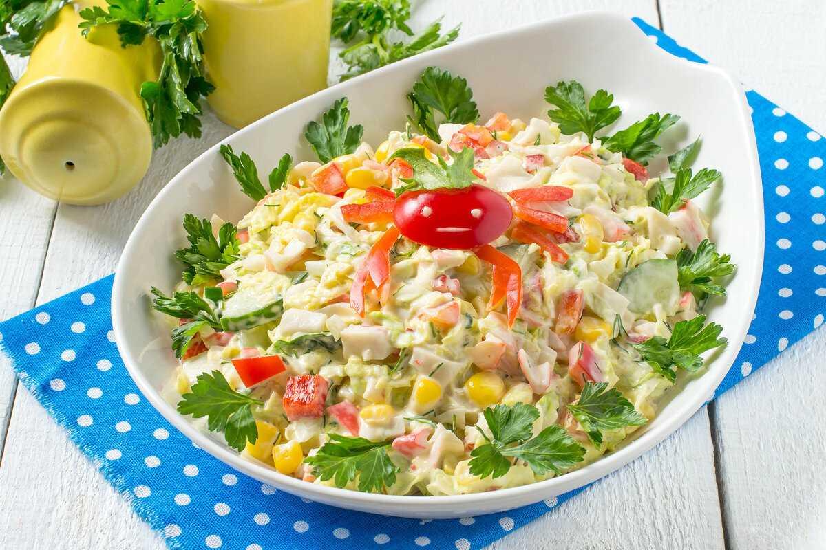 Диетический салат из крабовых палочек для похудения