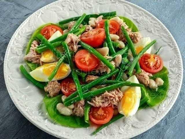 Легкие салаты с консервированным тунцом | esh-i-khudei.ru