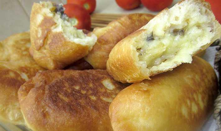 Домашний пирог с солеными груздями – кулинарные рецепты