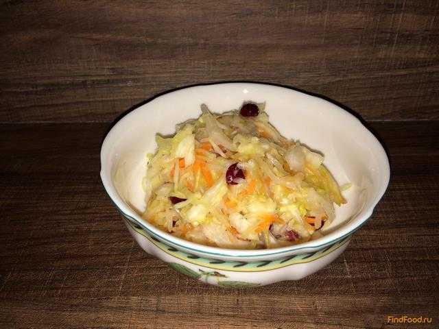 Как квасить капусту с клюквой: рецепт на зиму