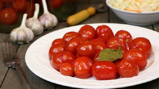 Как приготовить острые помидоры на зиму. Варианты рецептов консервирования острых помидоров с различными специями и добавками. Правила приготовления и хранения заготовок.