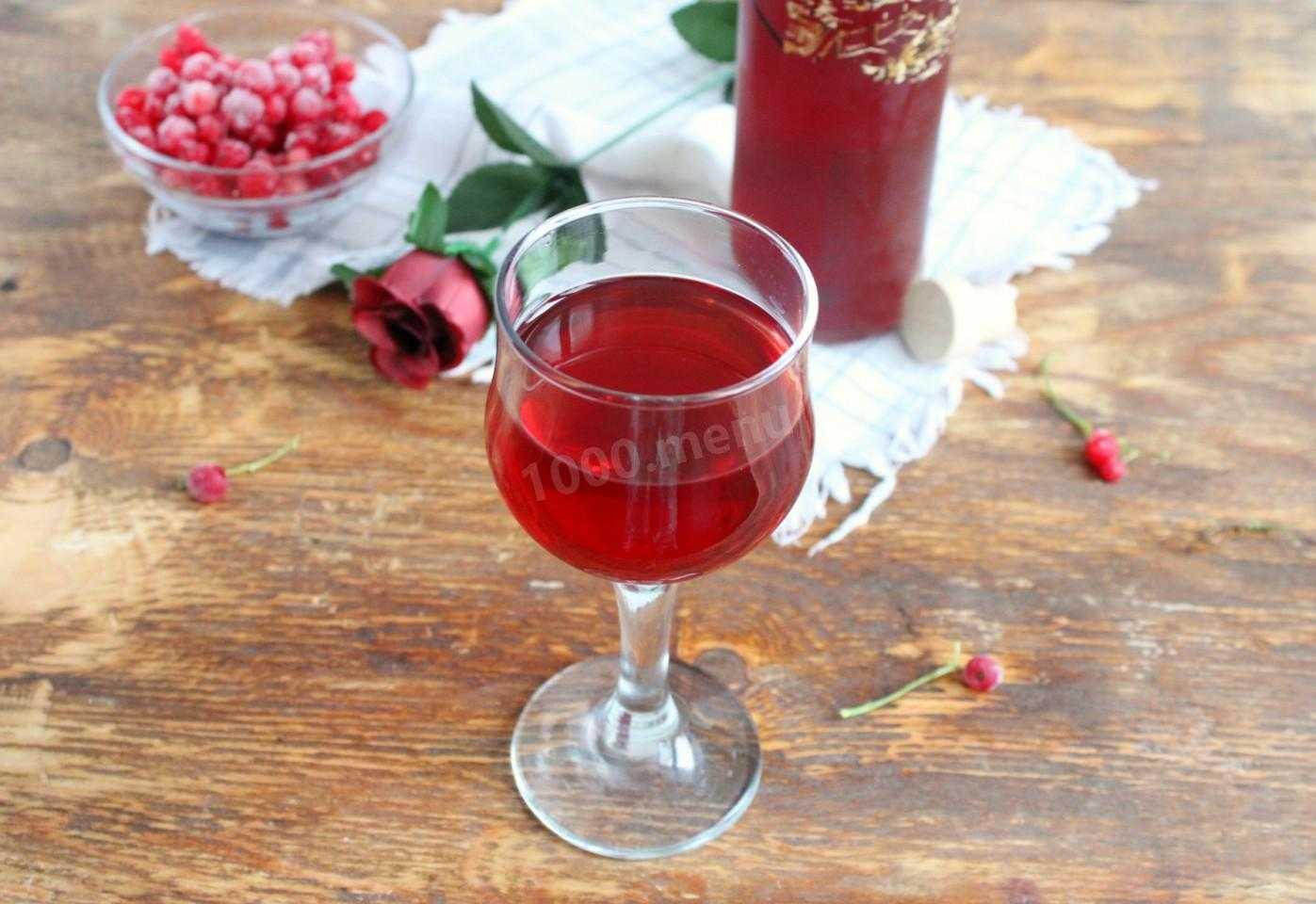 Вино из белой смородины: простые рецепты приготовления вина в домашних условиях на дрожжах и без них, польза и вред напитка и правила его хранения