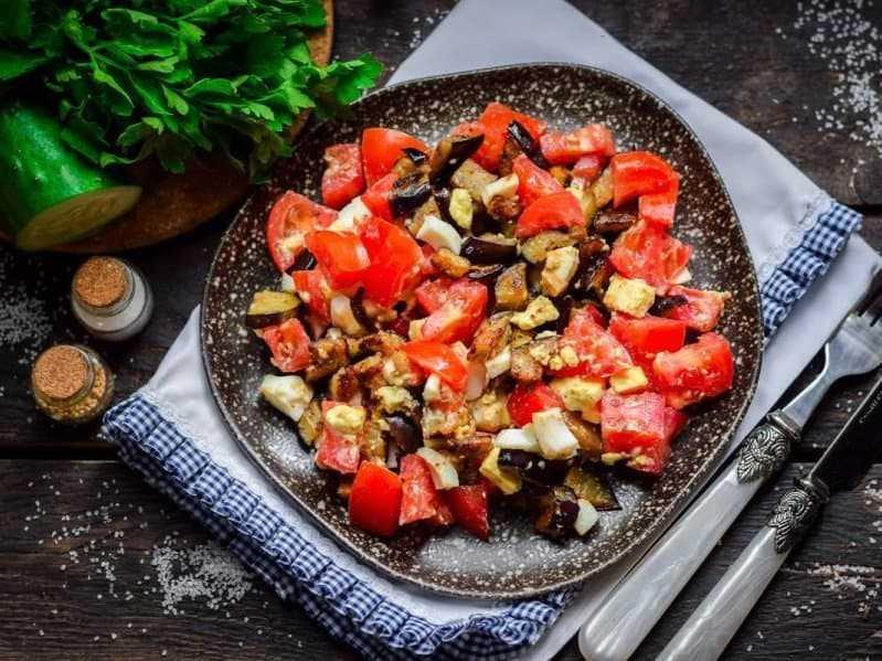 Салат из жареных баклажанов
