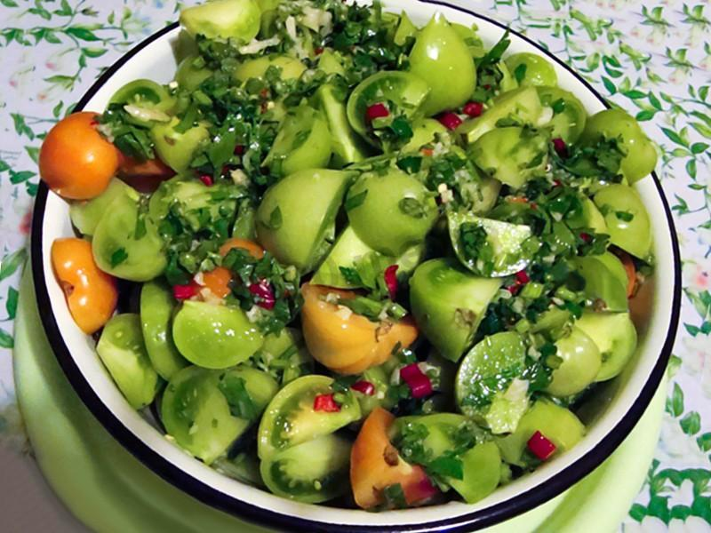 Салат из зеленых помидор по корейски - 6 рецептов приготовления