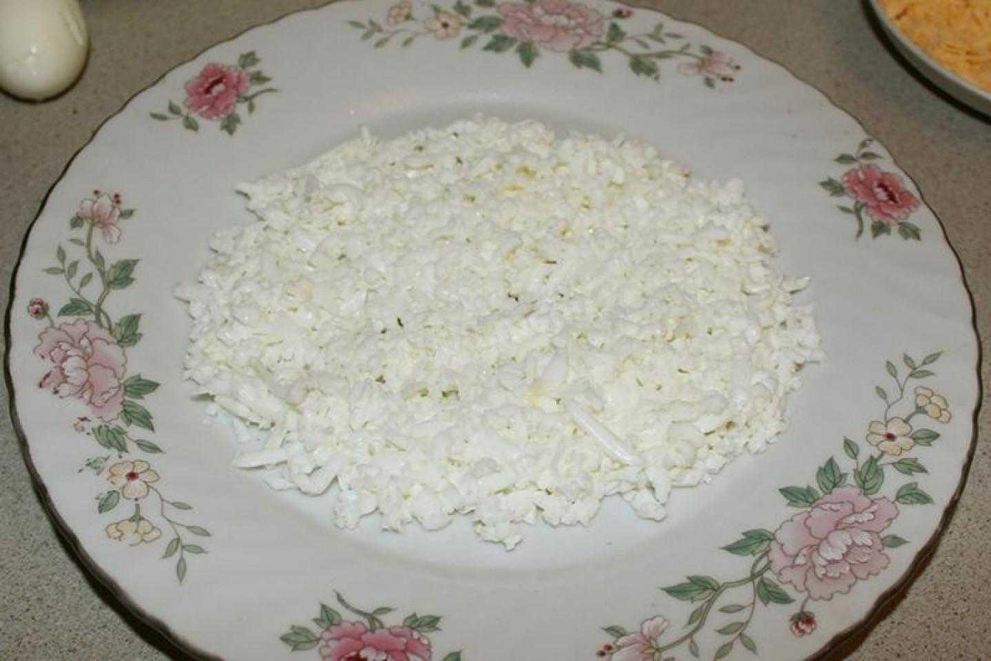 Салат из грецких орехов и курицы