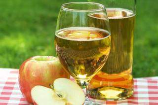 Вино из яблочного сока в домашних условиях - 3 простых рецепта яблочного вина