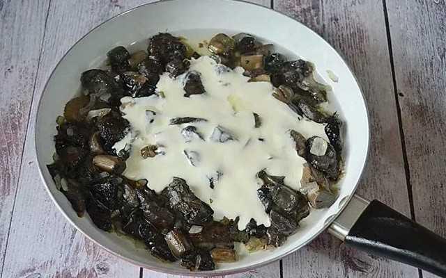 Жареная картошка с грибами в мультиварке. жареная картошка с грибами в мультиварке: рецепты пошагово