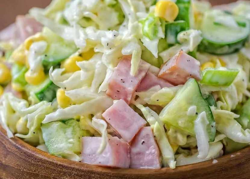 Салат с ветчиной и грибами рецепт с фото пошагово и видео - 1000.menu