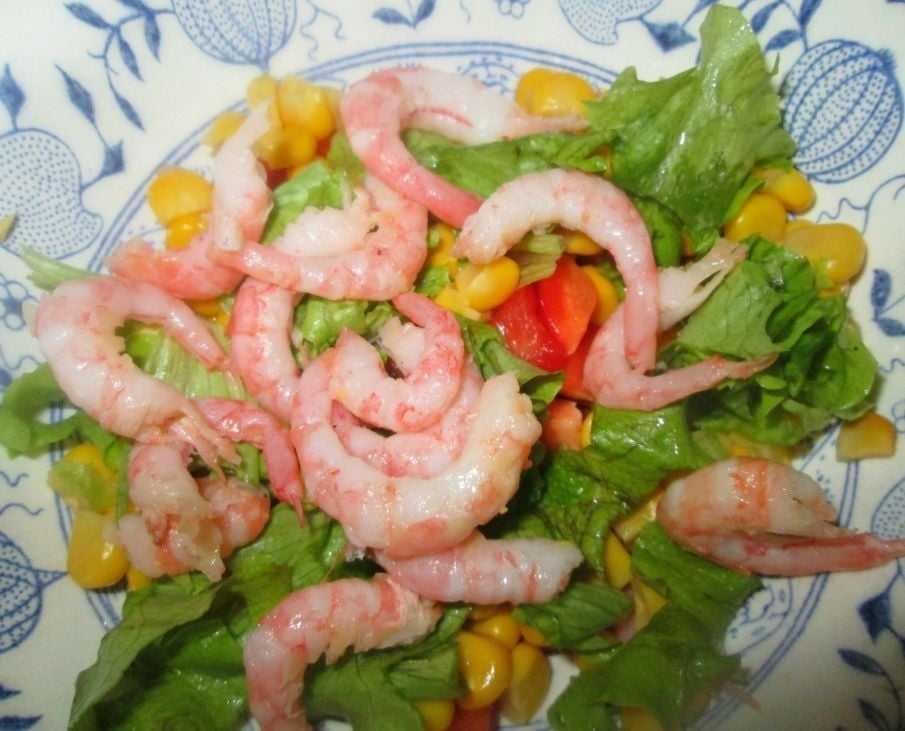 Салат крабы с креветками сельдереем и огурцом рецепт с фото пошагово - 1000.menu