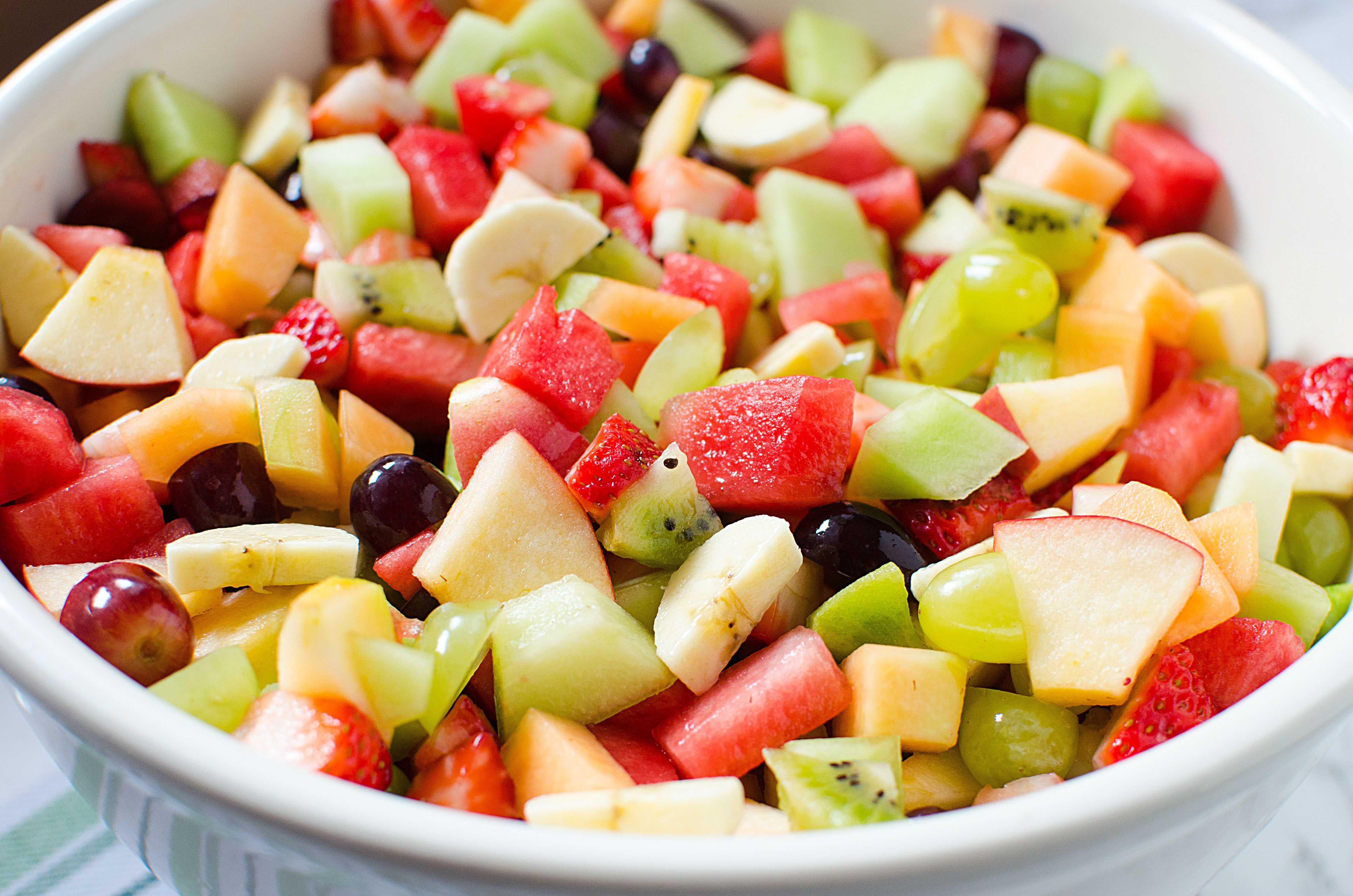 Рецепты вкусных фруктовых салатов в домашних условиях