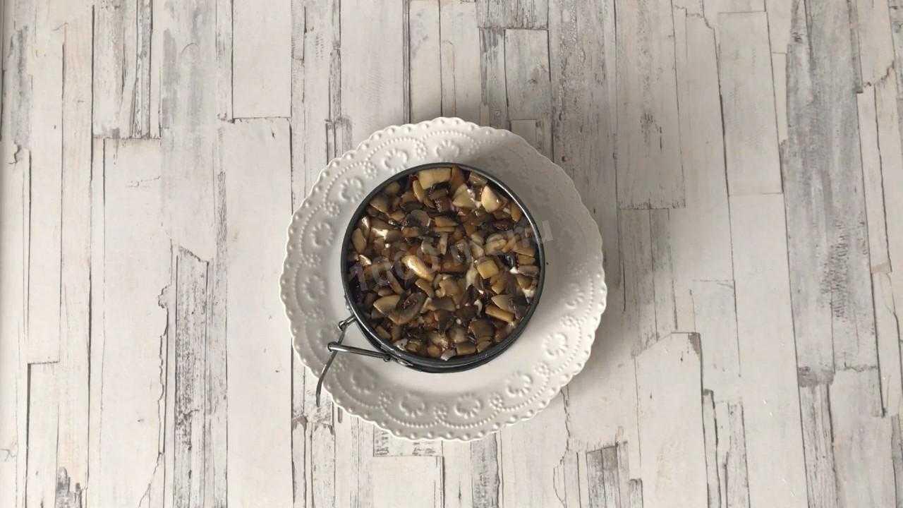 Салат с отварной индейкой и грибами - рецепт с фотографиями - patee. рецепты