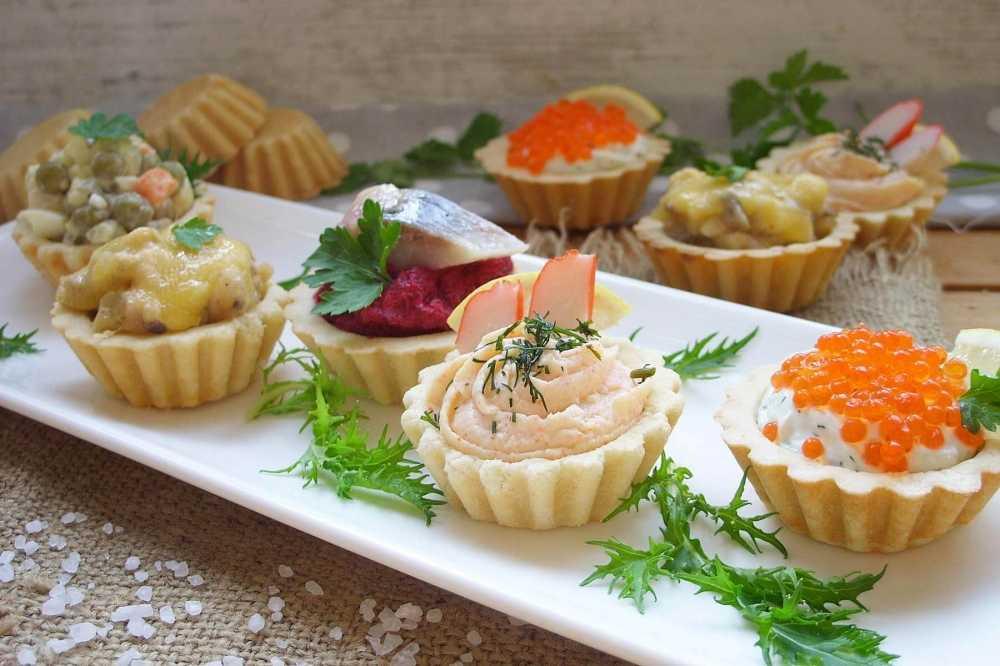 Салат в тарталетках