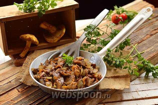 Cколько жарить грибы на сковороде по времени