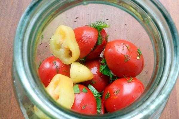Маринованные помидоры на зиму - очень вкусные и сладкие