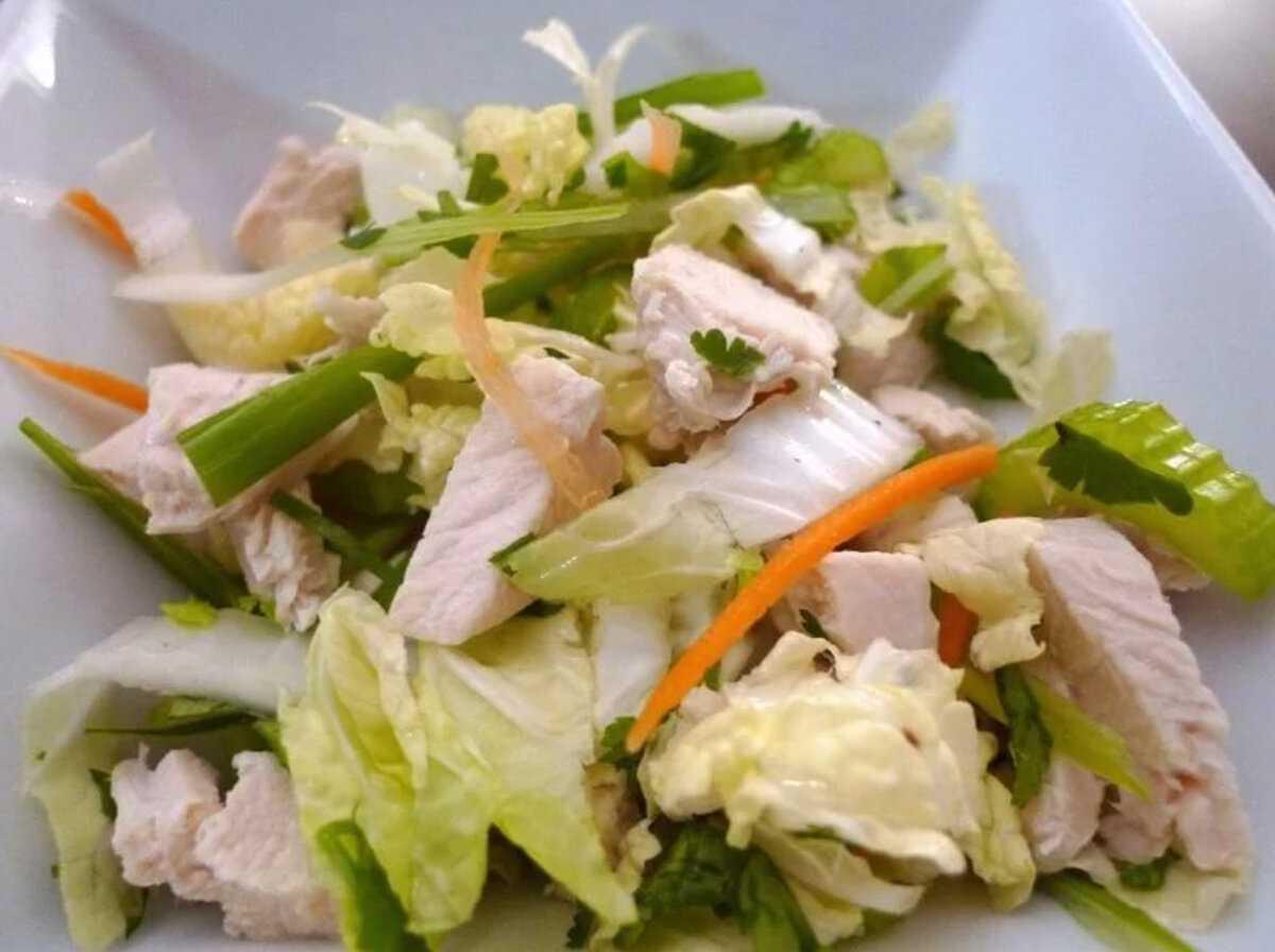 Витаминный салат с пекинской капустой и гранатом рецепт с фото пошагово и видео - 1000.menu