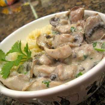 Жюльен из грибов и курицы - 3 пошаговых рецепта с фото