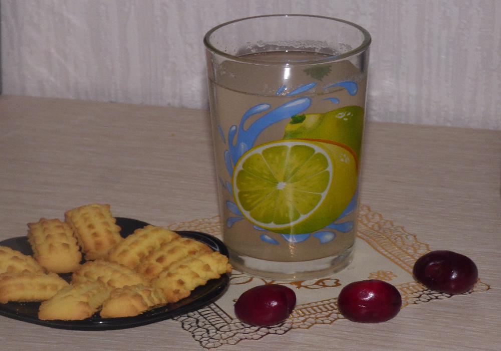 Компот из ревеня: пошаговый рецепт приготовления