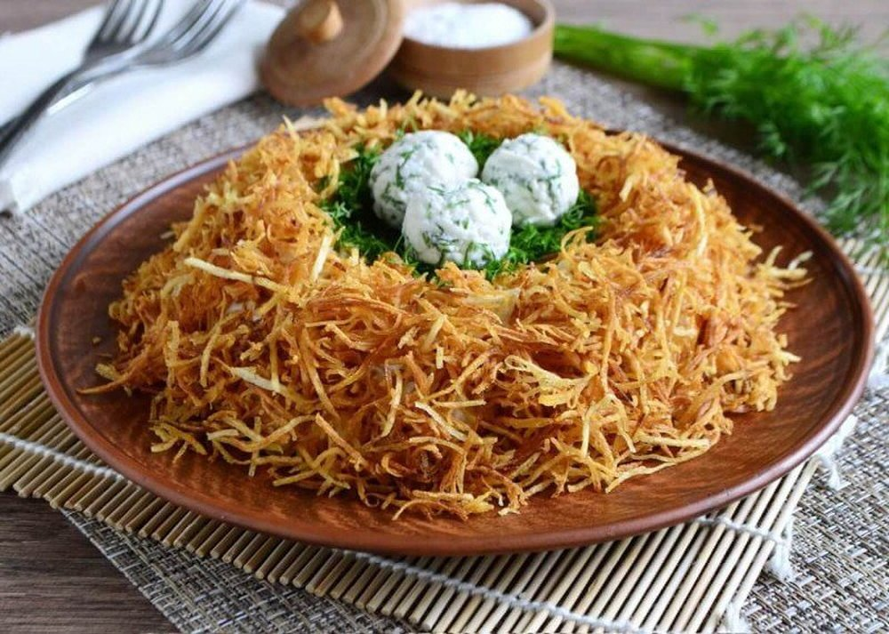 """Салат """"гнездо глухаря"""" с курицей классический простой рецепт с фото пошагово в домашних"""