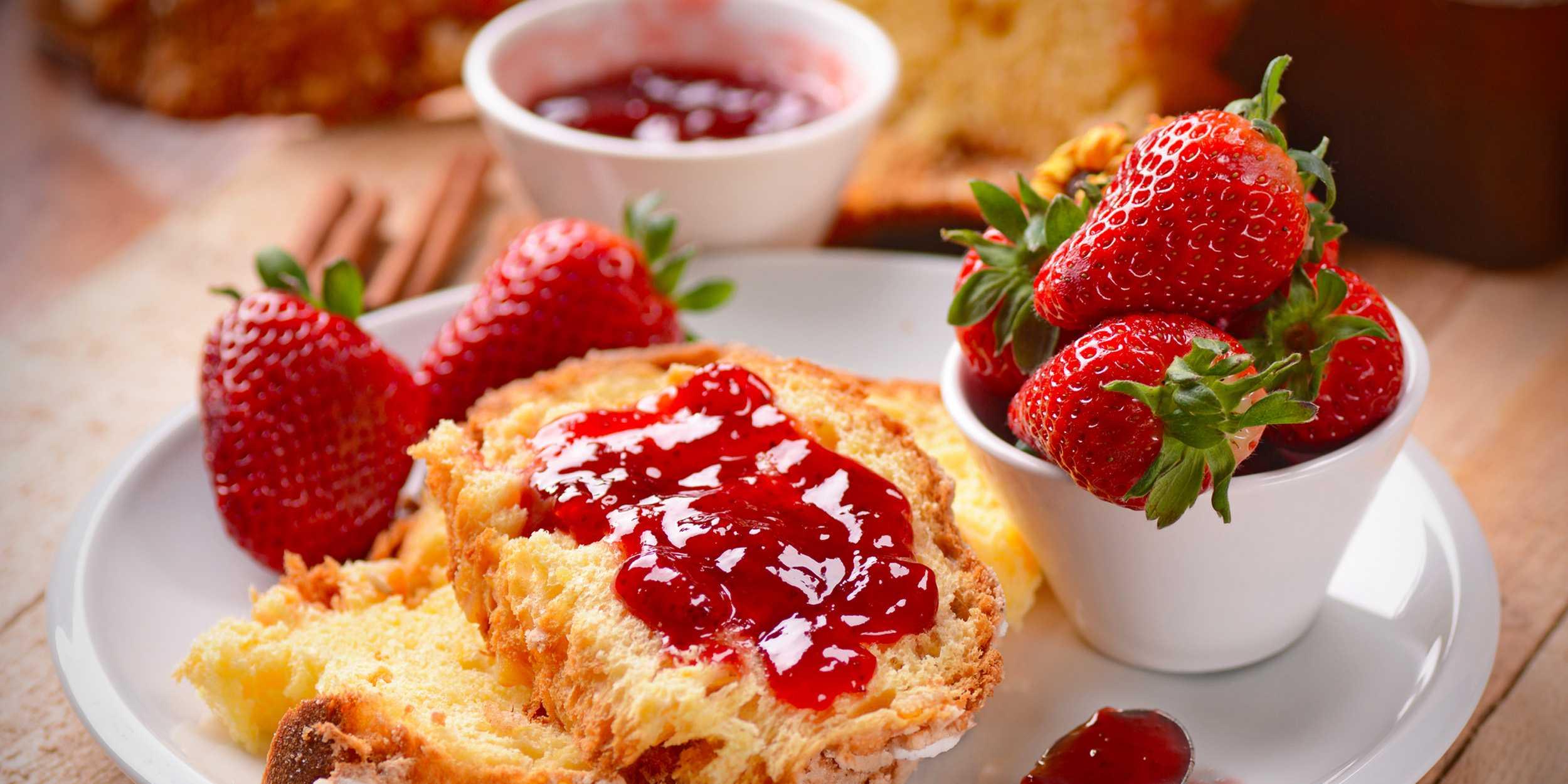 Густое варенье из клубники на зиму: рецепт + фото. Какую клубнику выбрать и как подготовить ягоды к варке. Секреты приготовления.