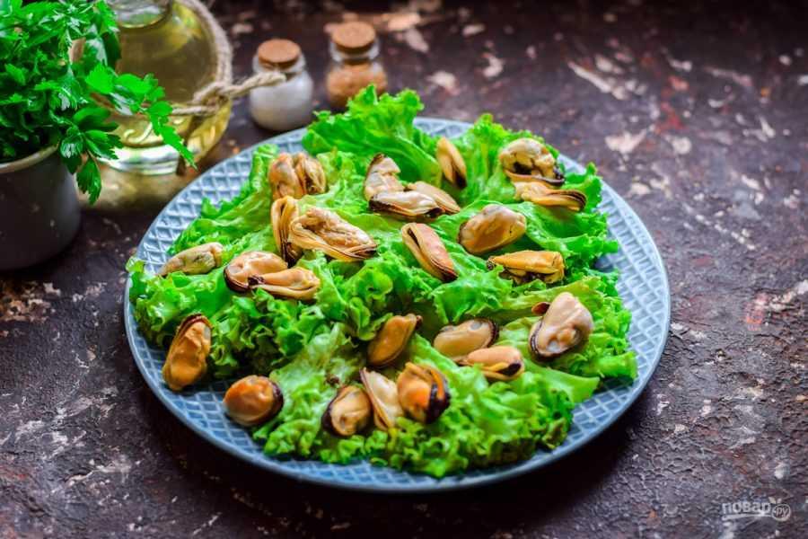 Салат с мидиями - 15 рецептов приготовления пошагово - 1000.menu