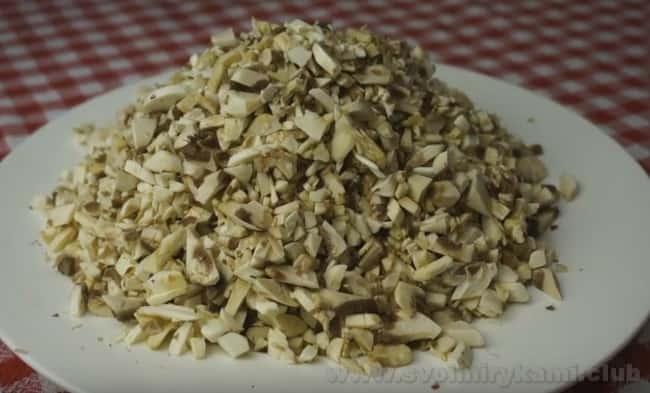 Белый грибной соус для рыбы