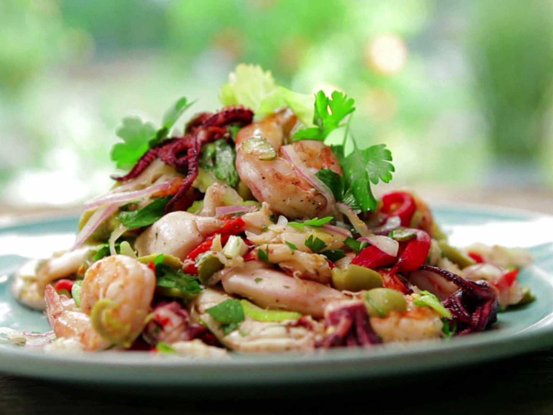Салаты из морепродуктов на праздничный стол – вкусный праздник: рецепты с фото и видео