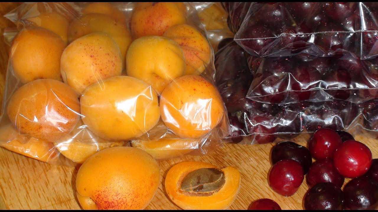 Морозим персики на зиму: 6 лучших способов хранения