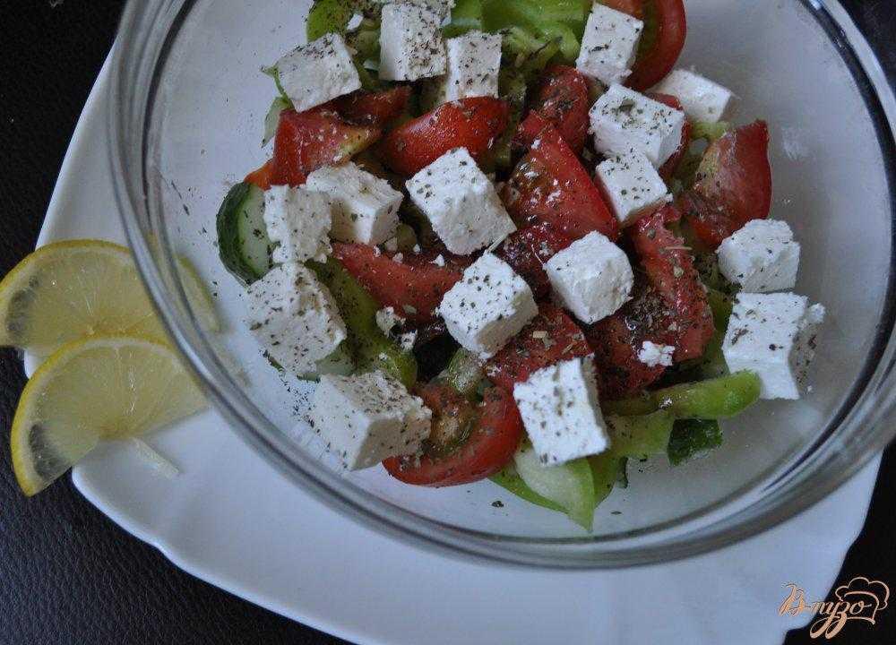 Салат греческий с брынзой классический рецепт с фото пошагово и видео - 1000.menu