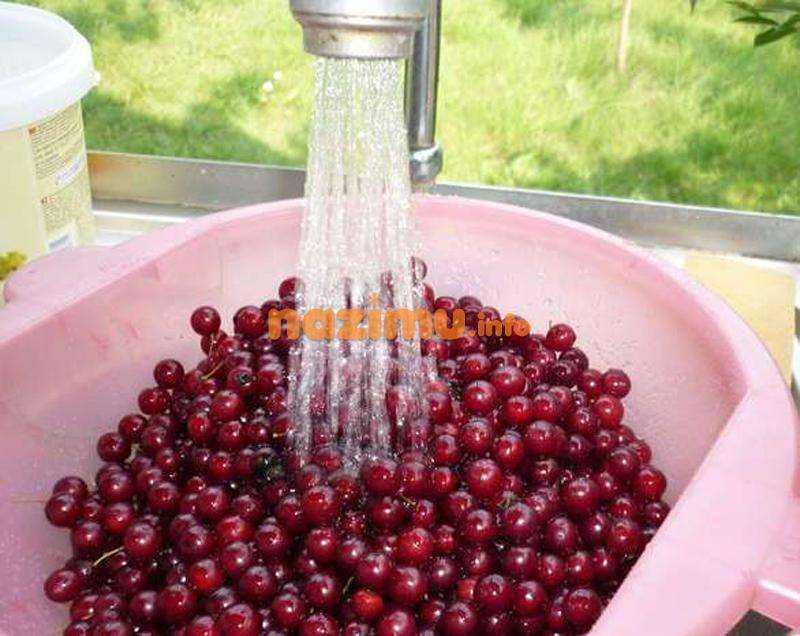 Компот из замороженных ягод: пошаговый рецепт приготовления