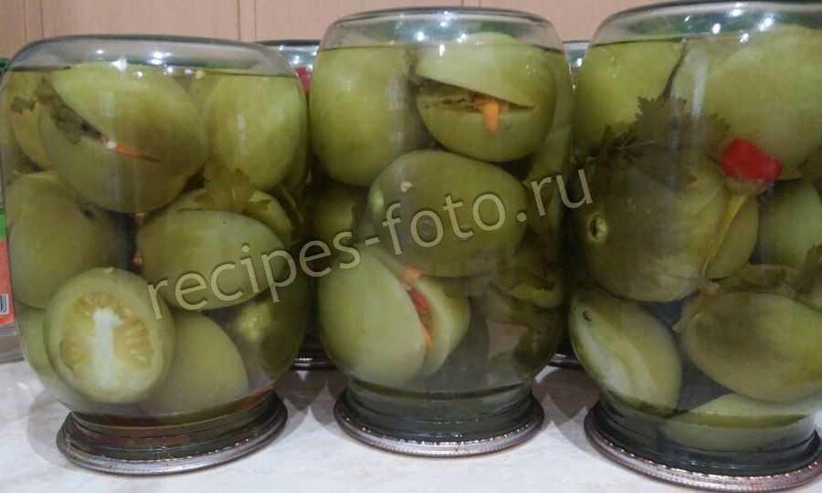 Зеленые помидоры с чесноком и острым перцем на зиму в банках рецепт с фото - 1000.menu
