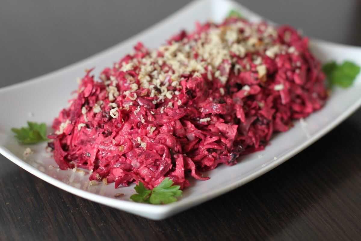 Салат из вареной свеклы - 123 домашних вкусных рецепта приготовления