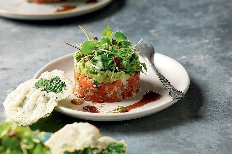 Тартар из лосося классический рецепт. как приготовить и как есть тартар