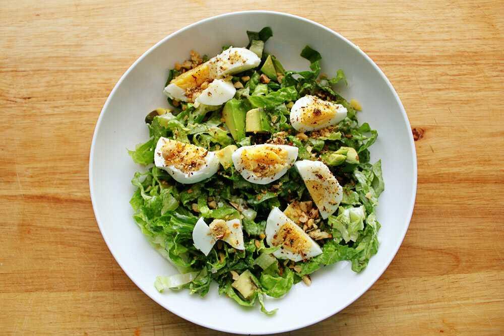 Салат из вареных яиц: 6 простых рецептов