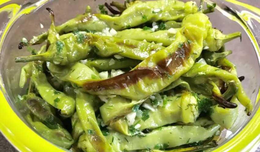 Рецепт болгарского перца по-армянски на зиму: за уши не оттащишь