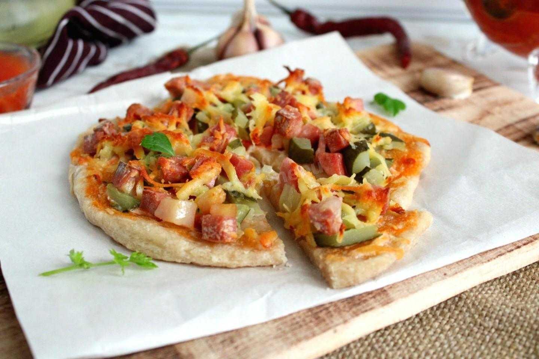 Пицца с опятами