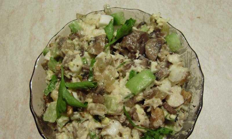 Салат курица с грибами и сыром слоями рецепт с фото пошагово и видео - 1000.menu