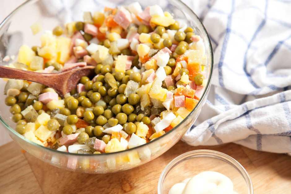 Салат с говядиной — простые рецепты приготовления очень вкусного мясного салата
