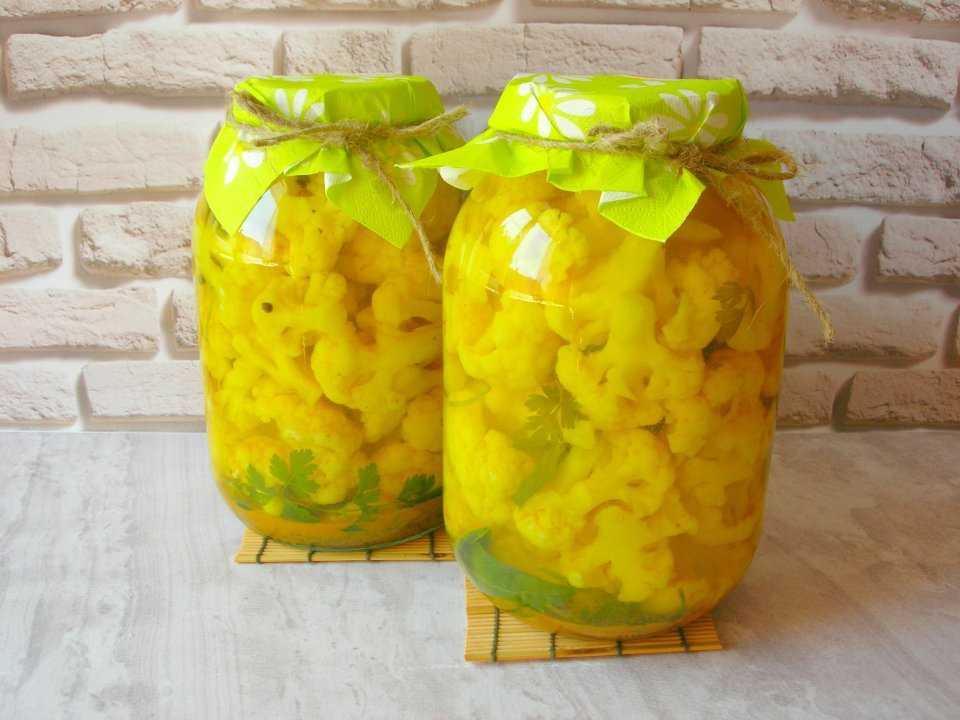 Очень вкусные рецепты салатов из цветной капусты: зимой съедается моментально!
