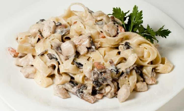 Фетучини с курицей и грибами: рецепты, как приготовить вкусное итальянское блюдо