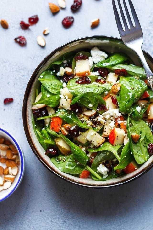 Вегетарианские салаты из свежего шпината – 10 простых и вкусных салатов