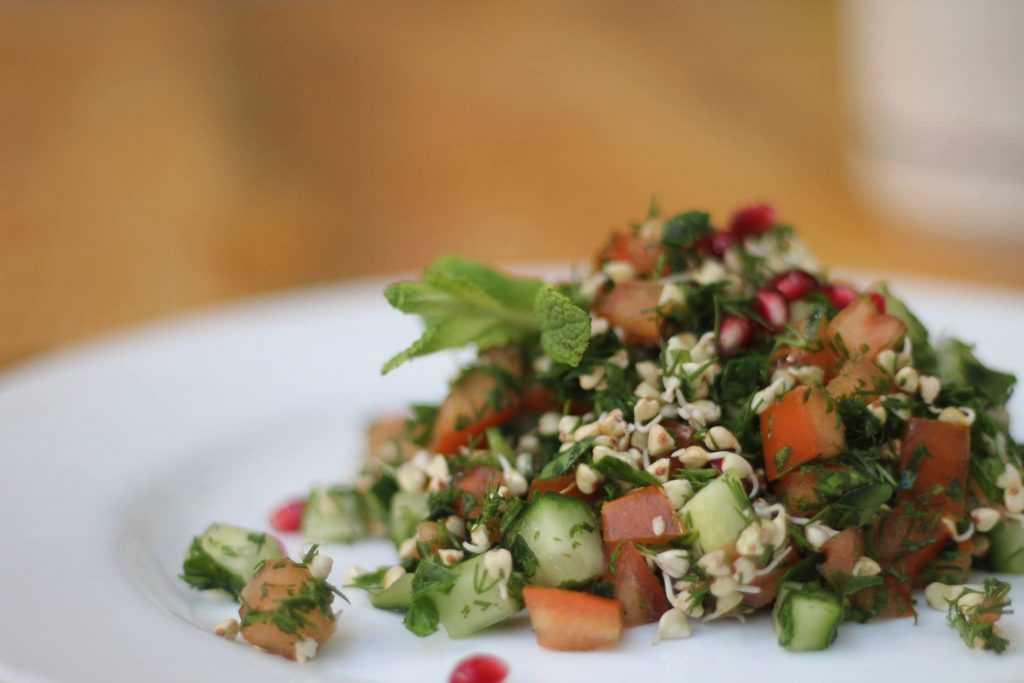 Салат с булгуром и овощами: рецепты приготовления