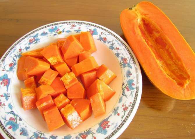 Сушеная папайя: какие ценные вещества присутствуют в составе сухофрукта, как приготовить лакомство самостоятельно, в какие блюда можно добавлять засушенную папайю.