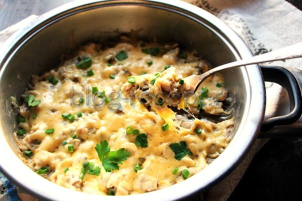 Жульен с грибами и курицей - рецепт с фото на сковороде