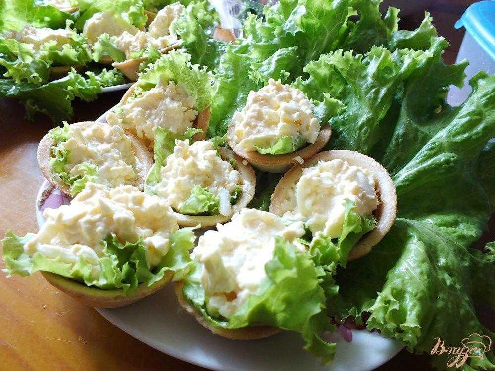 Салат грибы курица яйца сыр рецепт с фото пошагово и видео - 1000.menu