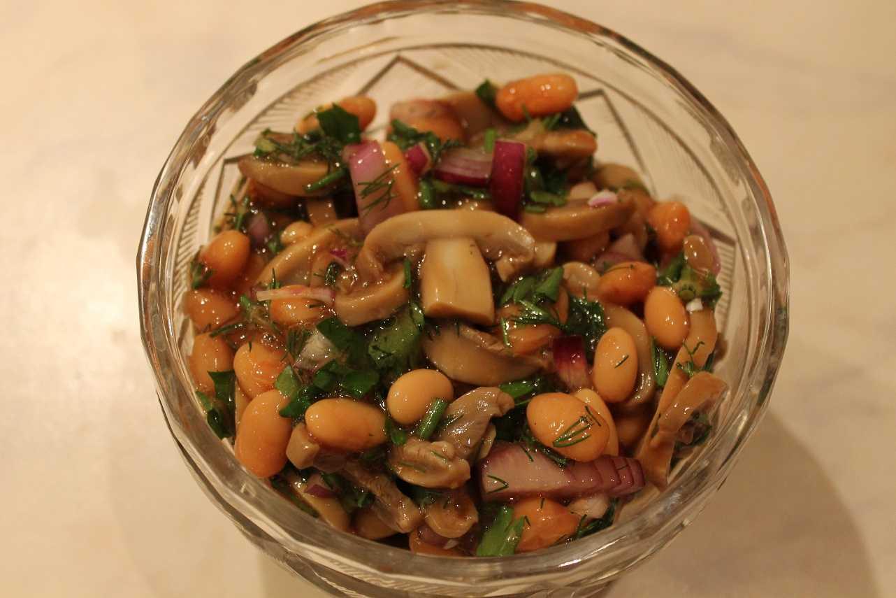 Варианты постных салатов с шампиньонами