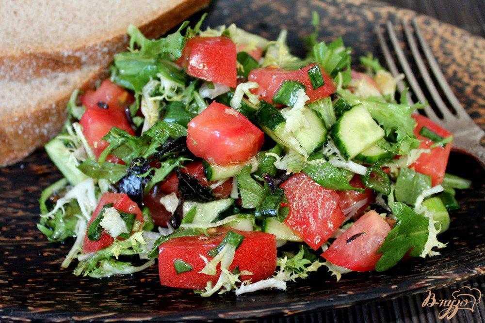 Рецепт салат из помидор с базиликом. калорийность, химический состав и пищевая ценность.