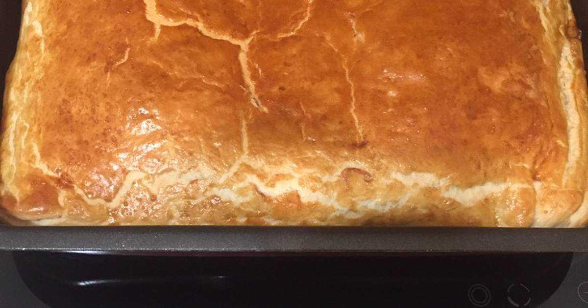 Слоенный пирог с грибами: полезные советы и топ-4 пошаговых рецепта