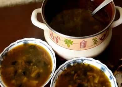 Грибной суп с перловкой — 8 сытных рецептов пошагово