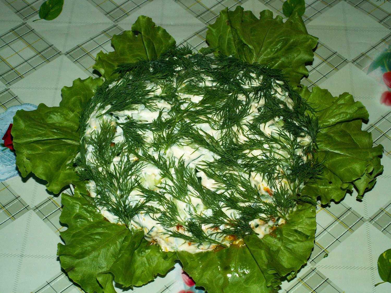 Салат мимоза с рыбными консервами. 5 вкуснейших рецептов: классический, с тунцом, с сыром, с сайрой, с горбушей